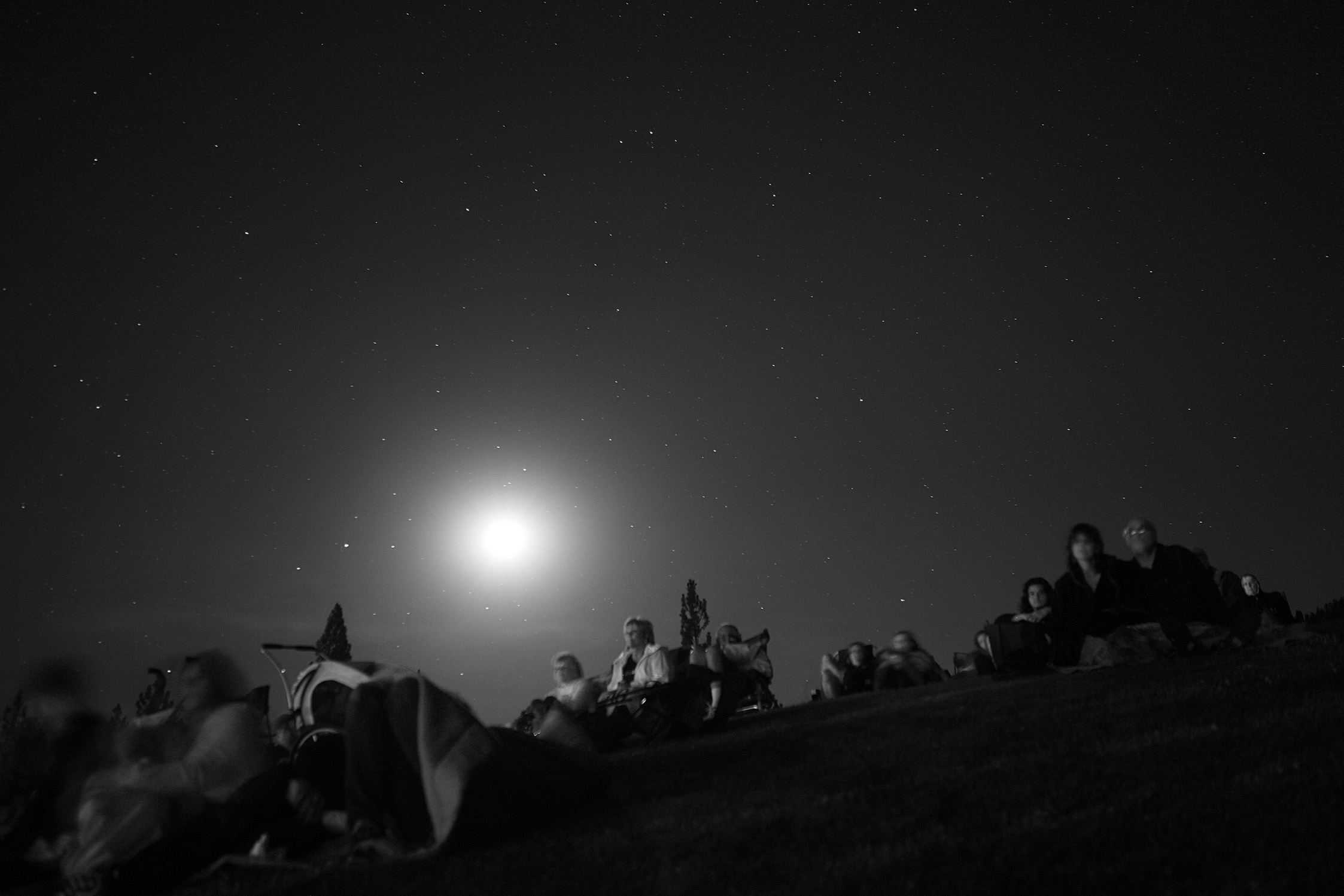 Crowd, Moon & Stars